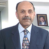 Aditya Birla Nuvo appoints Lalit Naik as MD