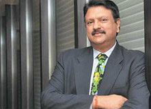 Ajay Piramal to take over as chairman of Shriram Capital
