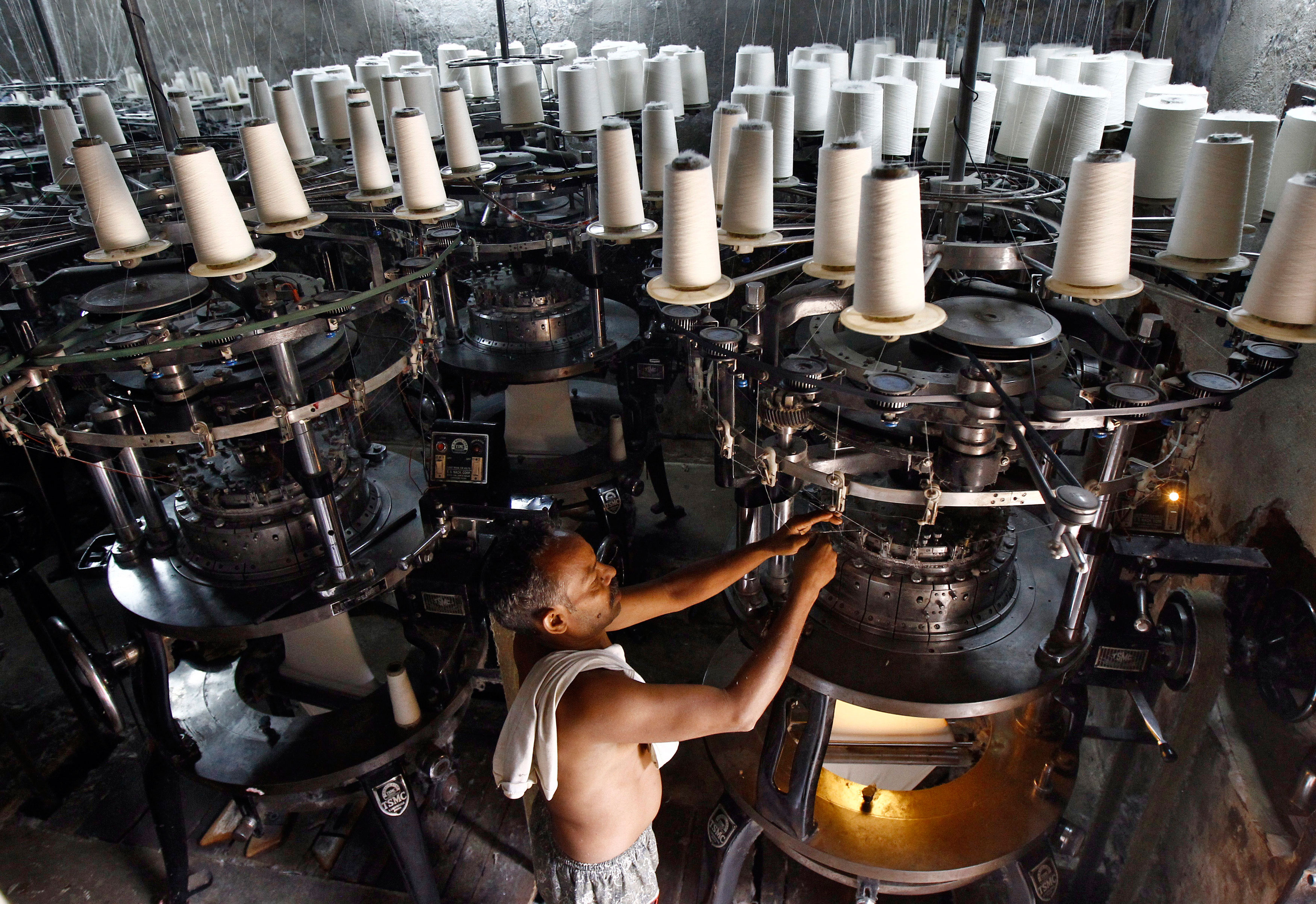 Industrial output contracts by 4.2% in October
