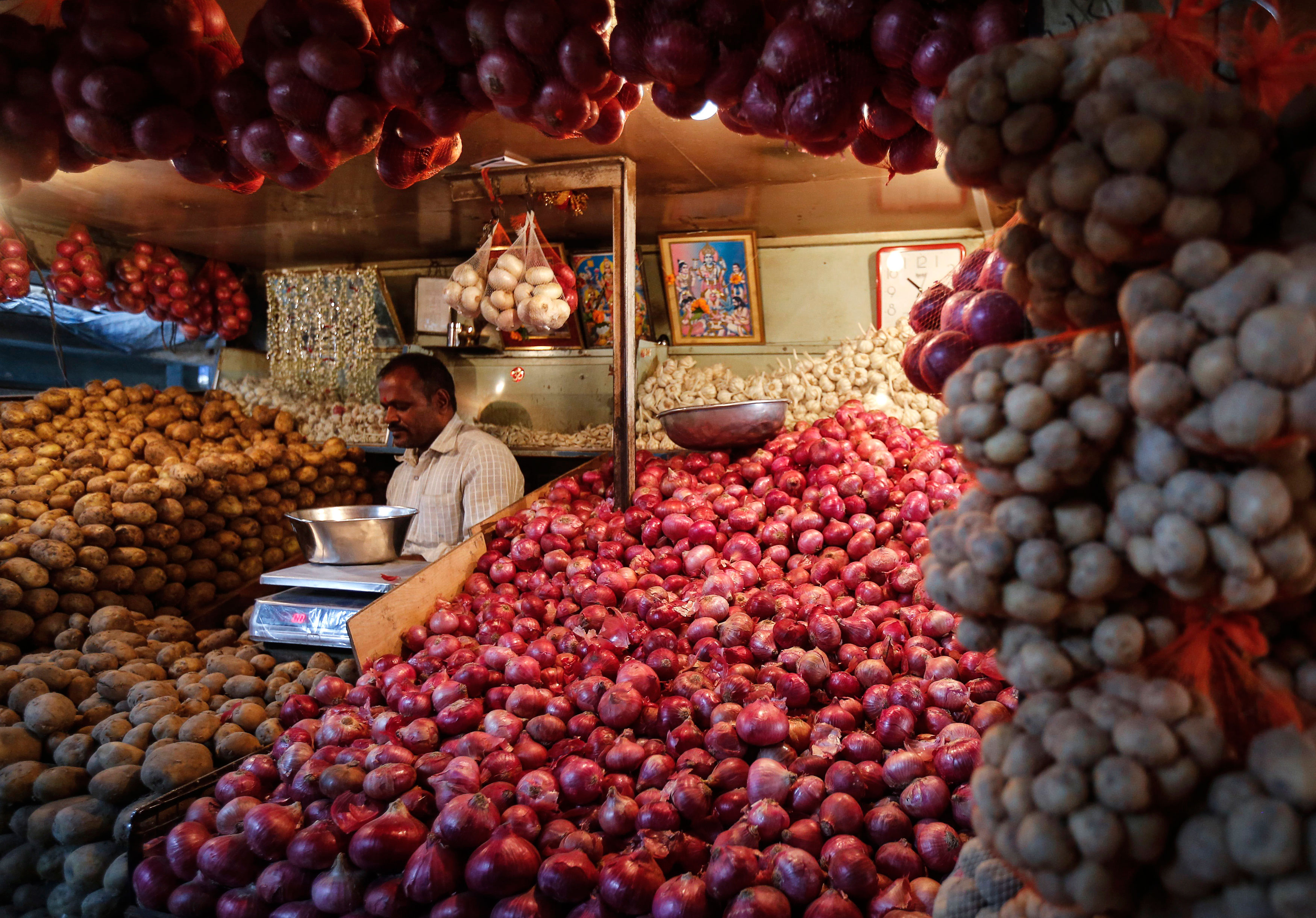 Wholesale inflation inches up, but hovers around 0%