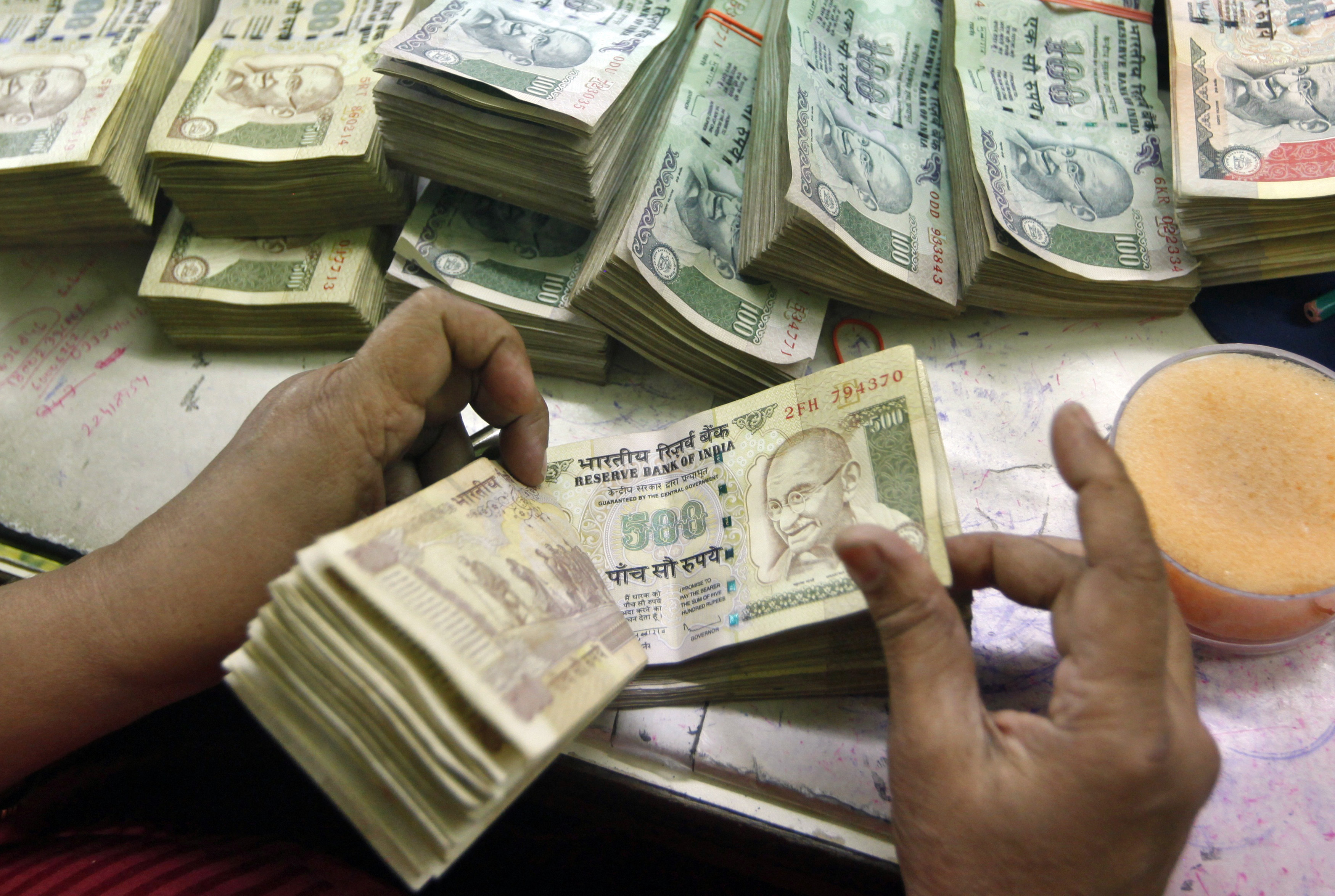 India's forex reserves hit a new high of $340B