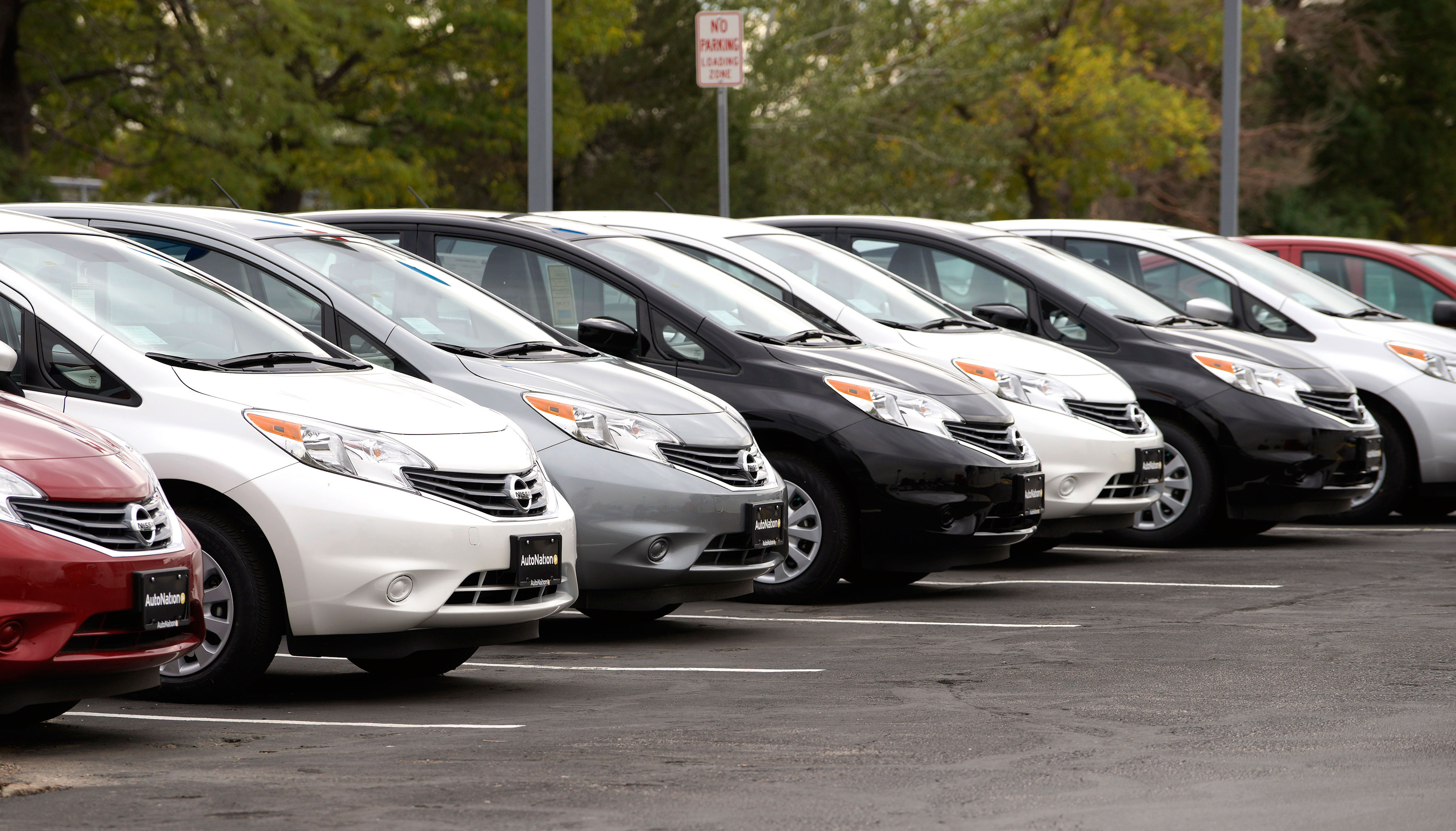 Car sales growth moderates in May; low rural demand pulls down two-wheelers