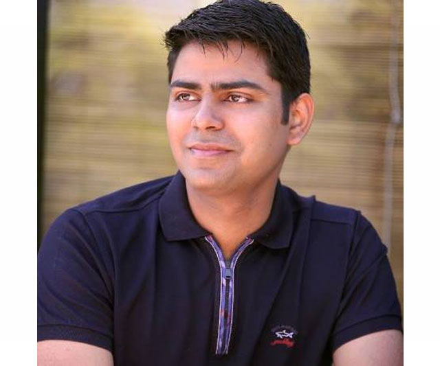 Rahul Yadav kicked out of Housing.com