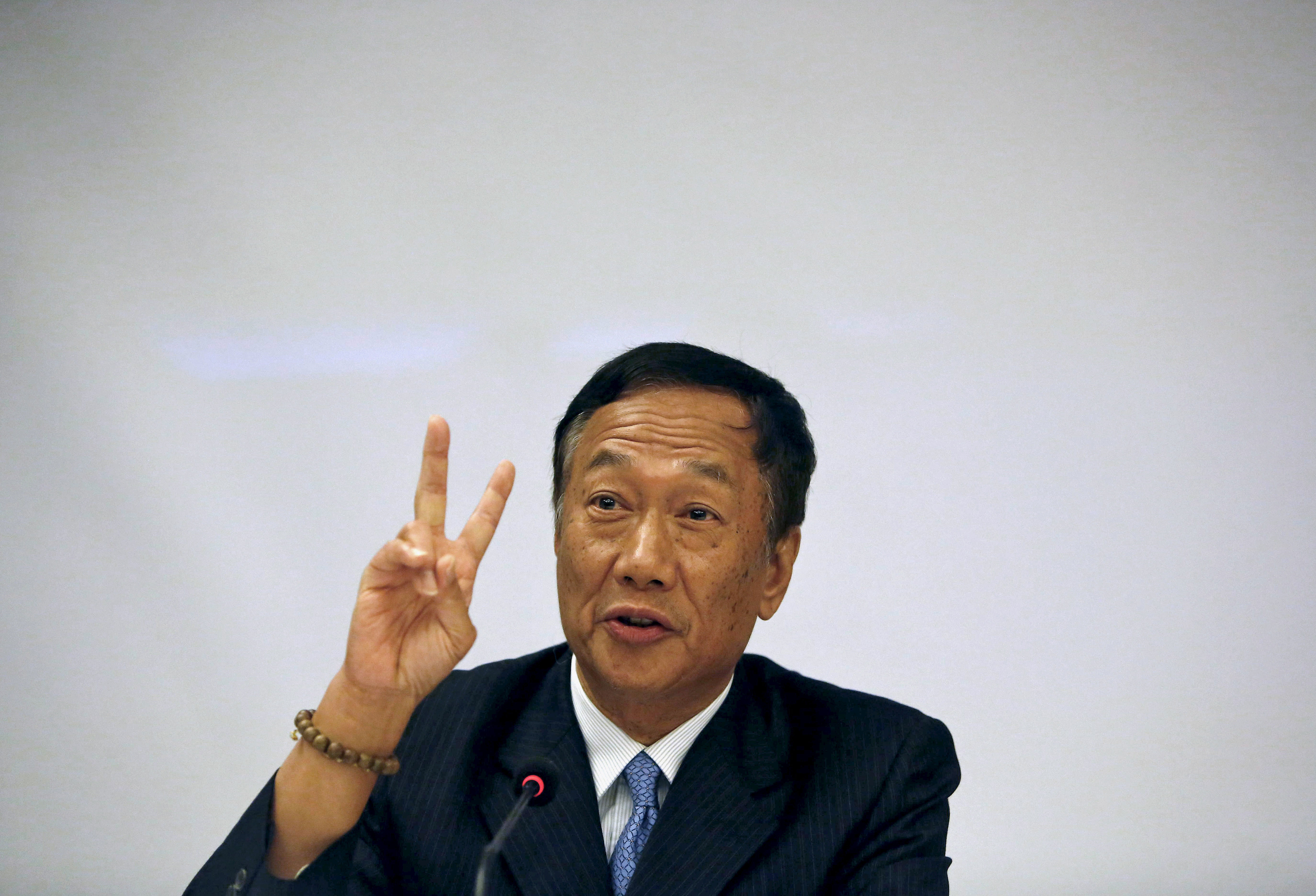 Foxconn in talks with Adanis, others to partner for manufacturing units in India