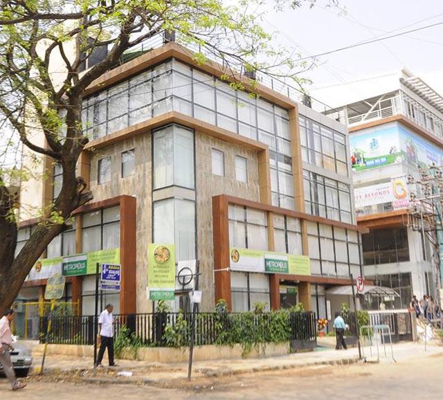 Carlyle buys GSK Velu's stake in pathology chain Metropolis