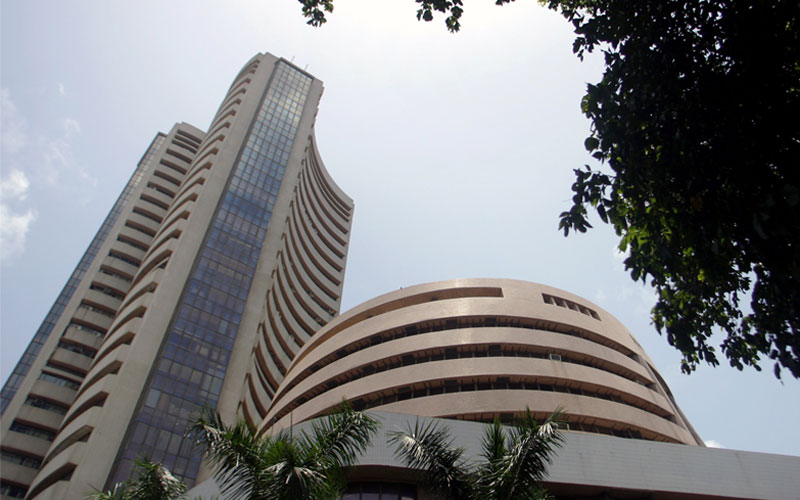 Sensex gets the blues before RBI policy meet