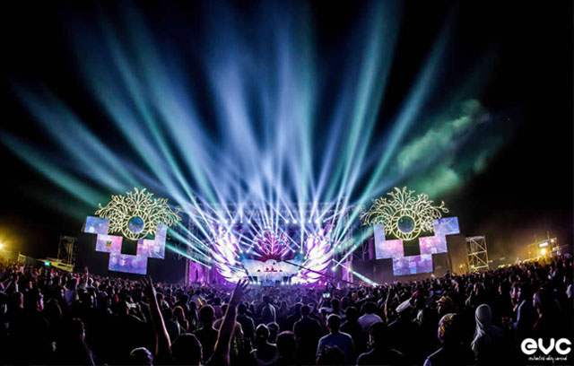 Universal picks 50% stake in Enchanted Valley Carnival