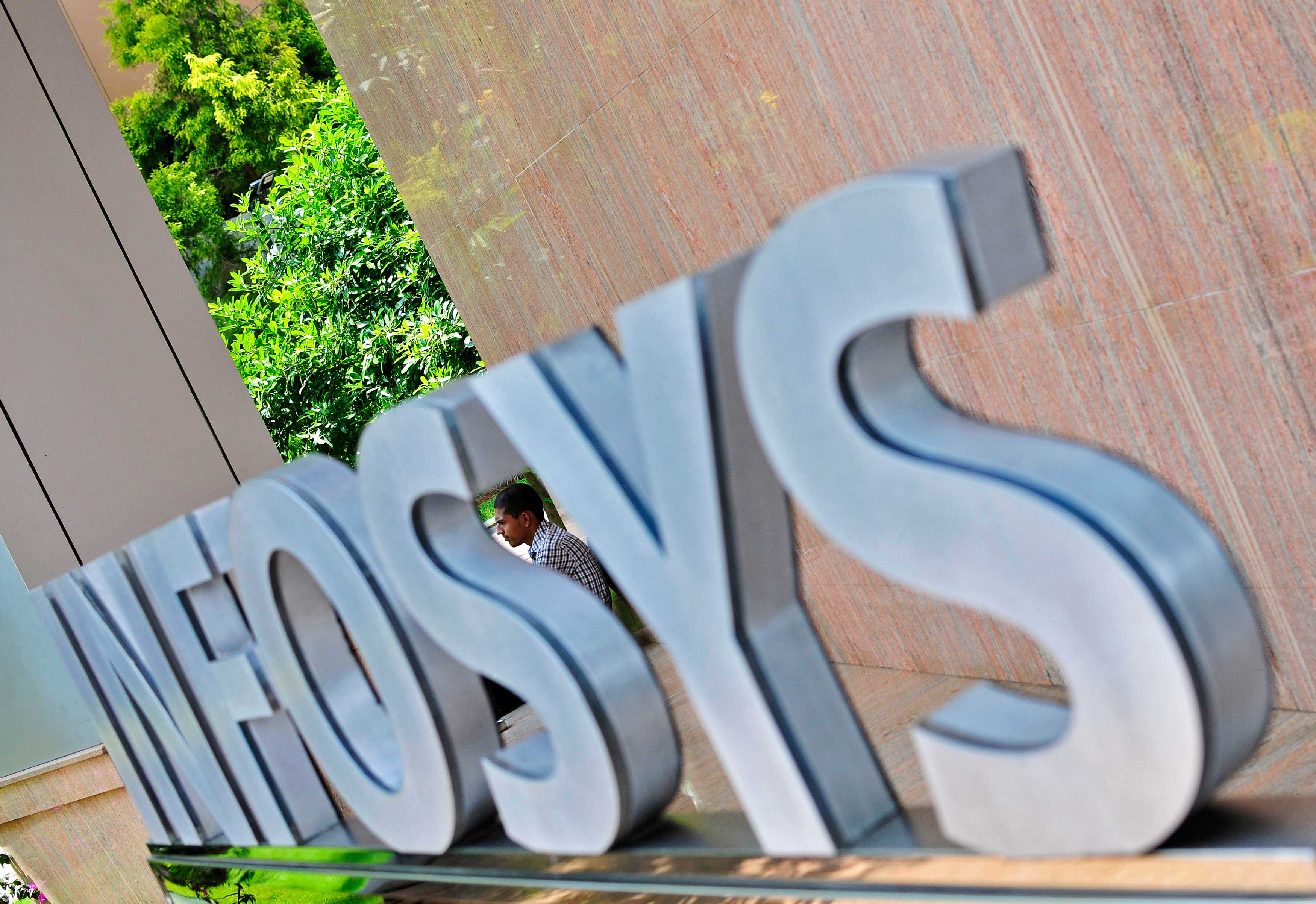 Infosys backs early stage VC firm Vertex
