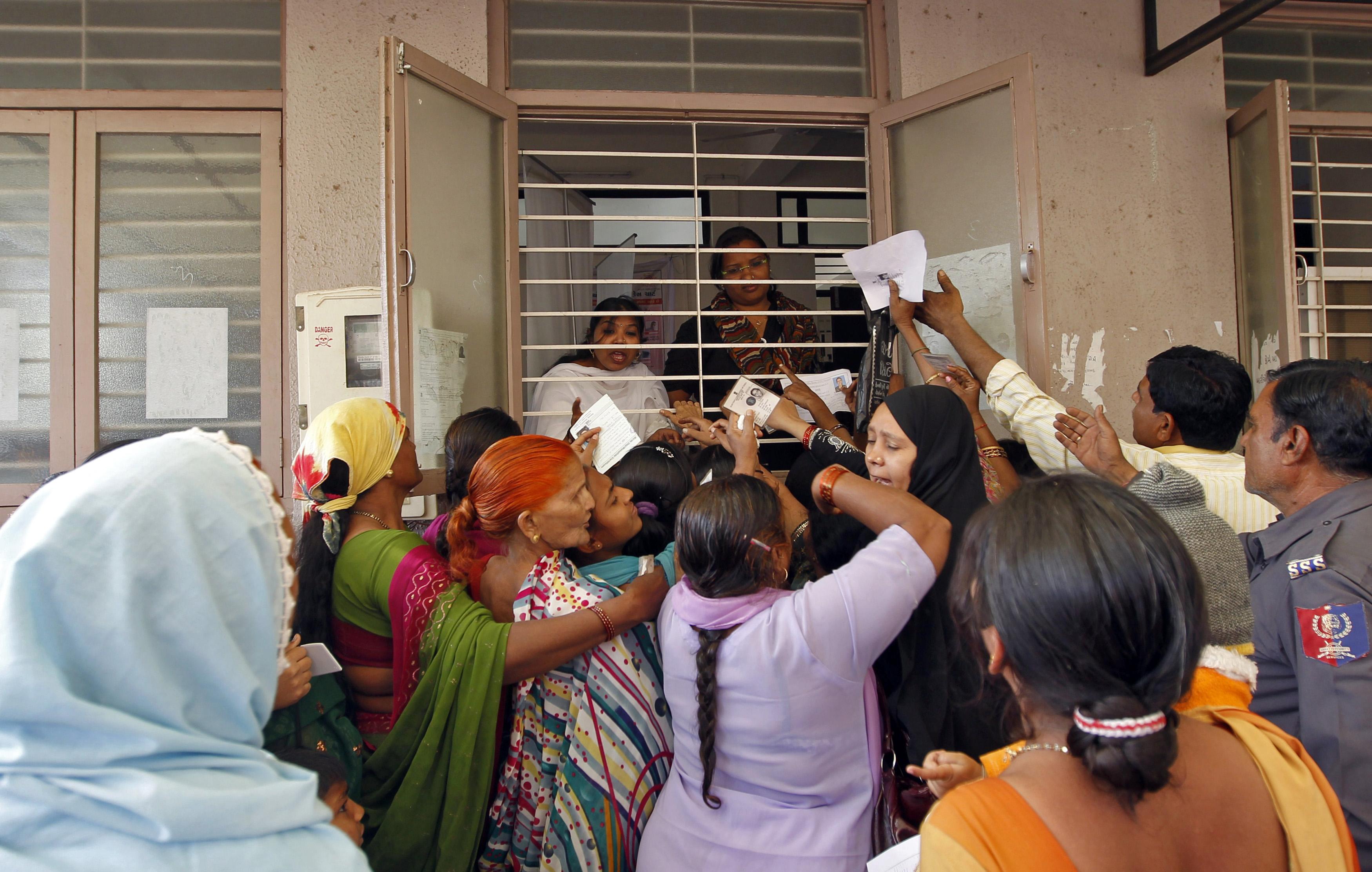 Govt makes Aadhaar mandatory to register new business