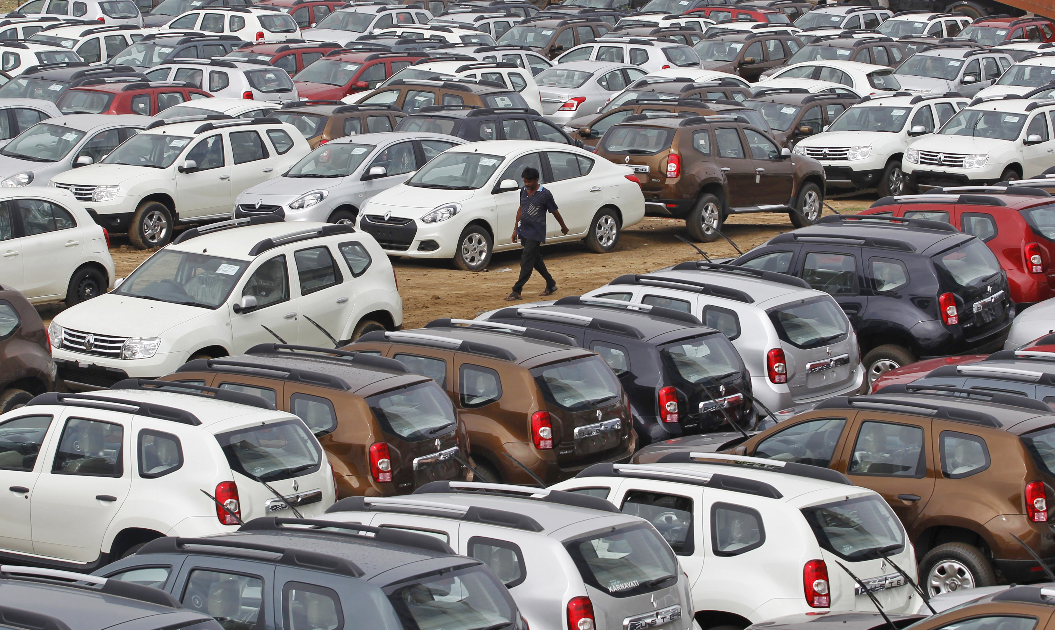 Domestic car sales rise 9.48% in Sept