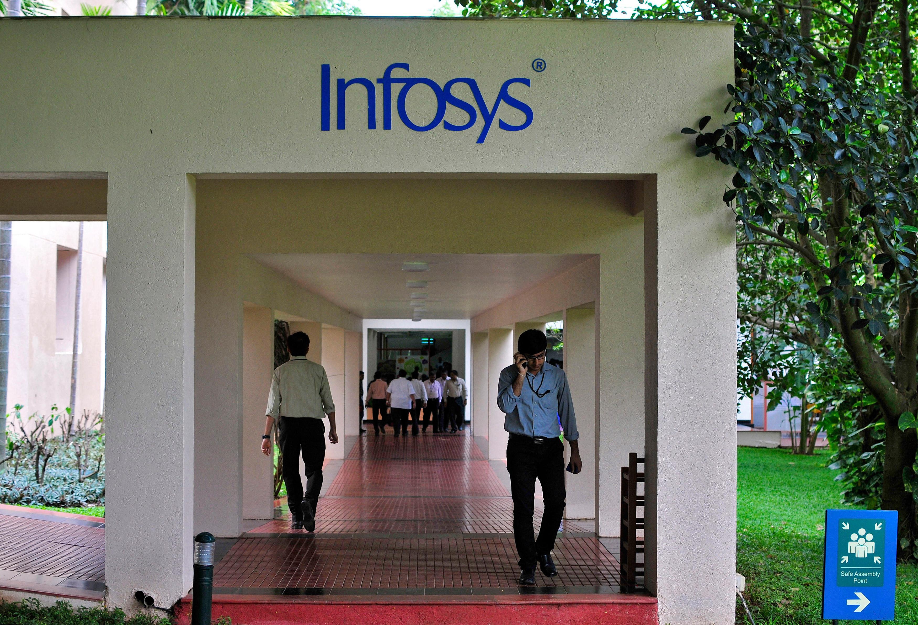 Infy beats street estimates in Q2; cuts USD revenue guidance
