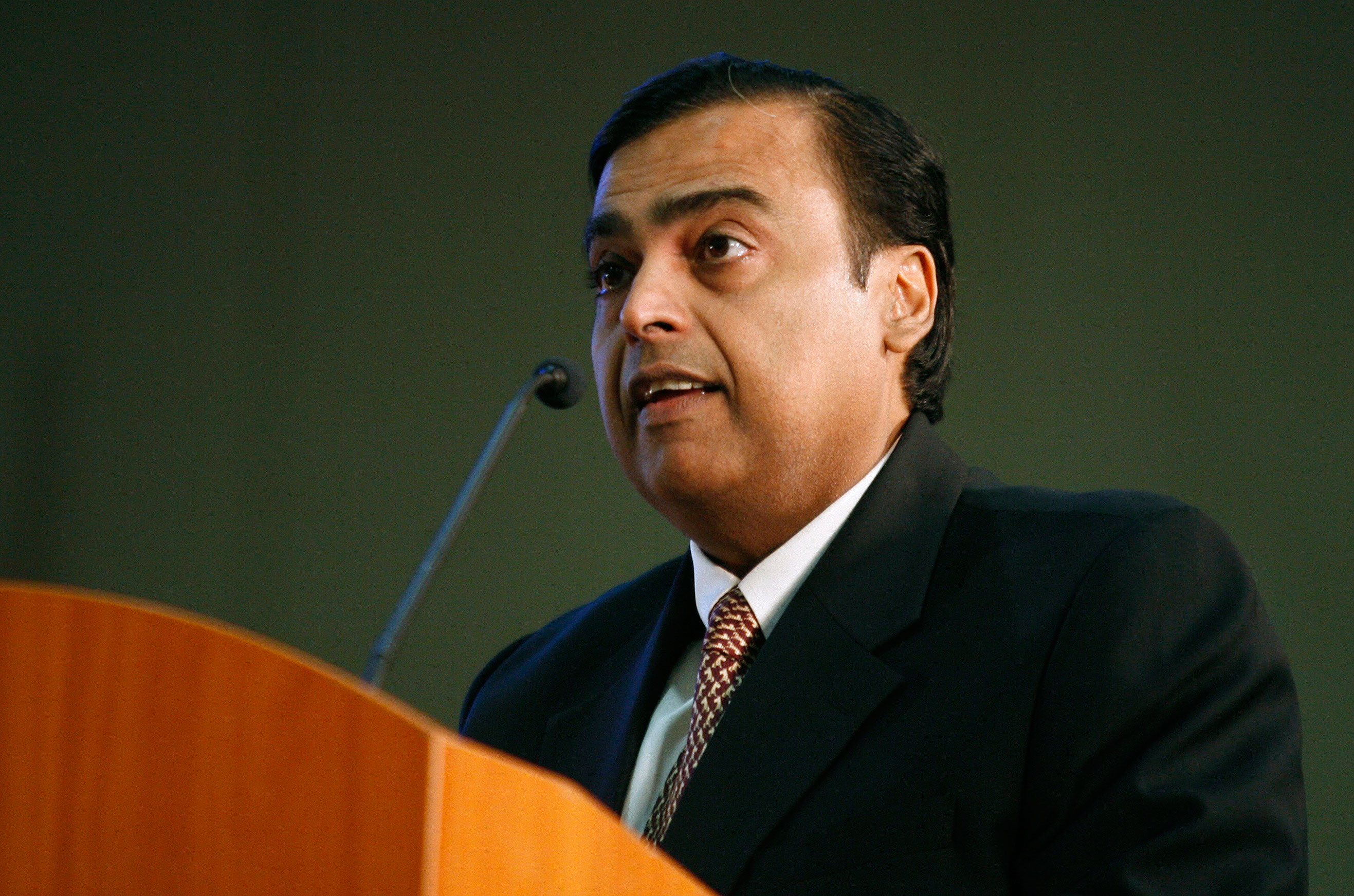 Reliance Inds Q2 PAT up 12.52%