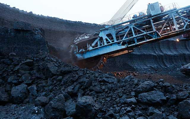 Govt okays $3B stake sale in Coal India; Cochin Shipyard IPO
