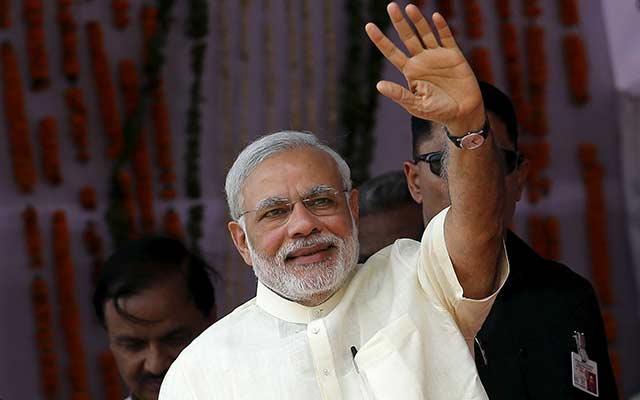 Modi pitches his reform agenda to Singapore investors