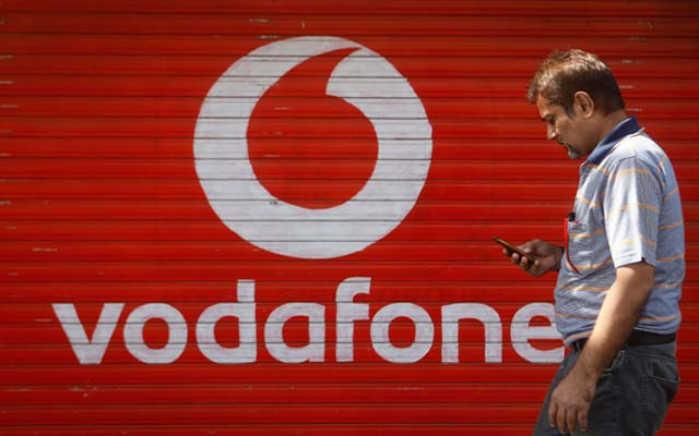 Vodafone moves ahead with India IPO plans