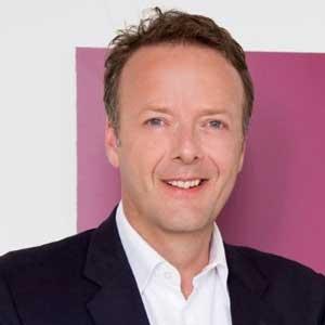 Syngene names AstraZeneca's Jonathan Hunt CEO