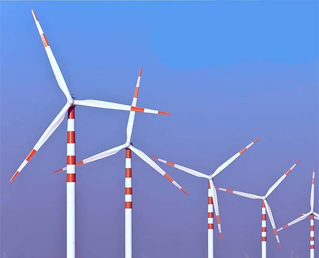 Tanti & Shanghvi family end with 34% stake in Suzlon as open offer fails