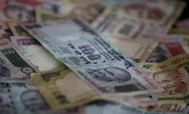 Why the RBI shouldn't prop up the rupee for now