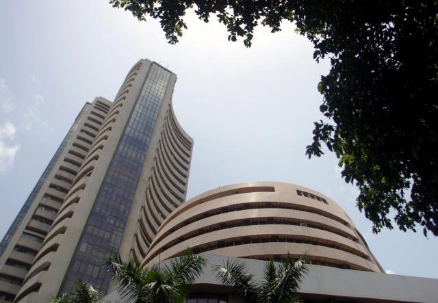 Sensex rises as healthcare, metal stocks gains
