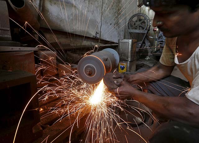 Factory output rebounds in January