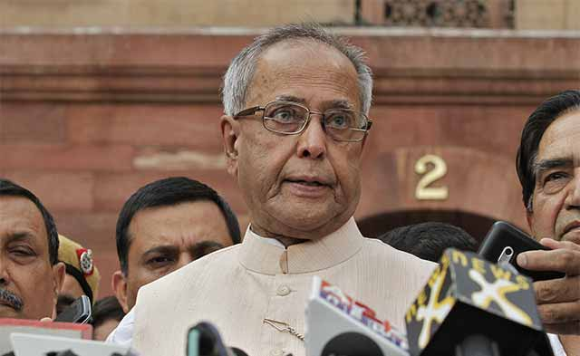 President appeals to let Parliament function, stays away from spelling financial expectations