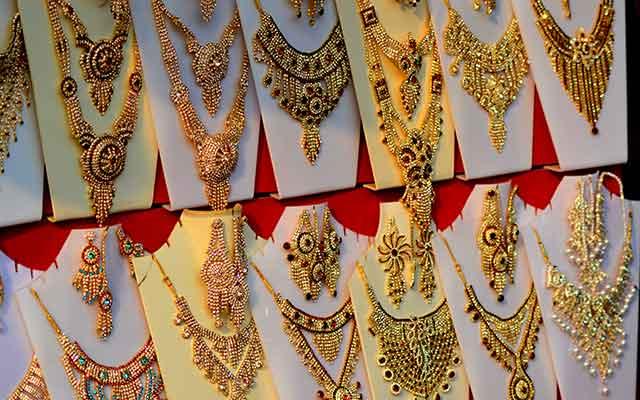 Jewellery chain Joyalukkas shortlists bankers for IPO