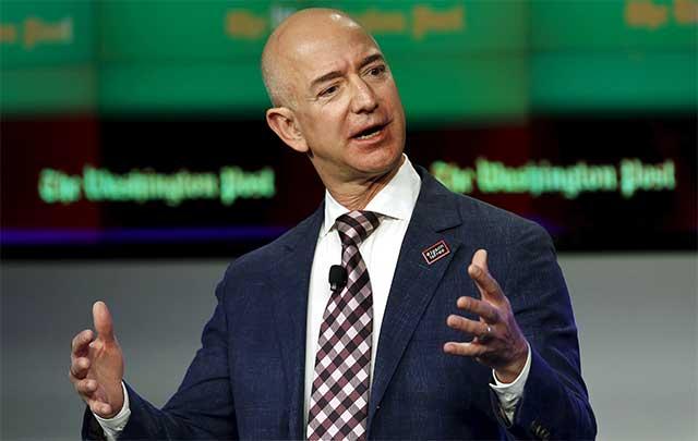Jeff Bezos sells 1% of his Amazon stake for $671 mn