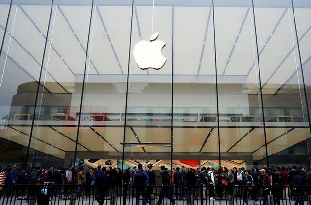 Apple promotes sales director Sanjay Kaul as India head