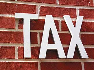 India, Cyprus to negotiate changes in tax treaty; Bharti Infratel in talks to buy Tower Vision