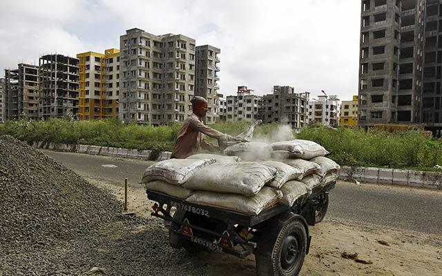 India competition regulator slaps $1 bn fine on 11 cement companies