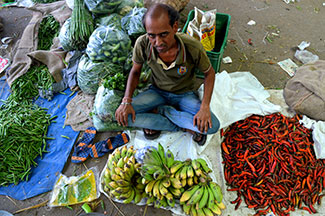Retail inflation climbs above 6%; factory output picks up pace