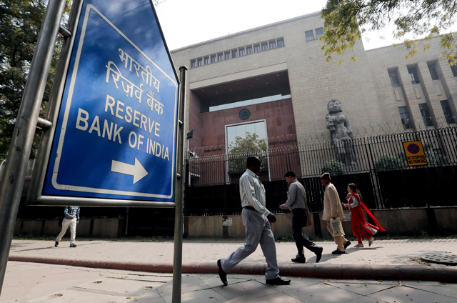 Economy roundup: FinMin may find common ground with RBI on bad loans