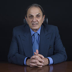Battle lines harden as Tata Sons targets Nusli Wadia for backing Cyrus Mistry