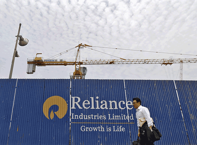 Govt asks Reliance Industries to pay $1.55 bn for drawing ONGC's gas