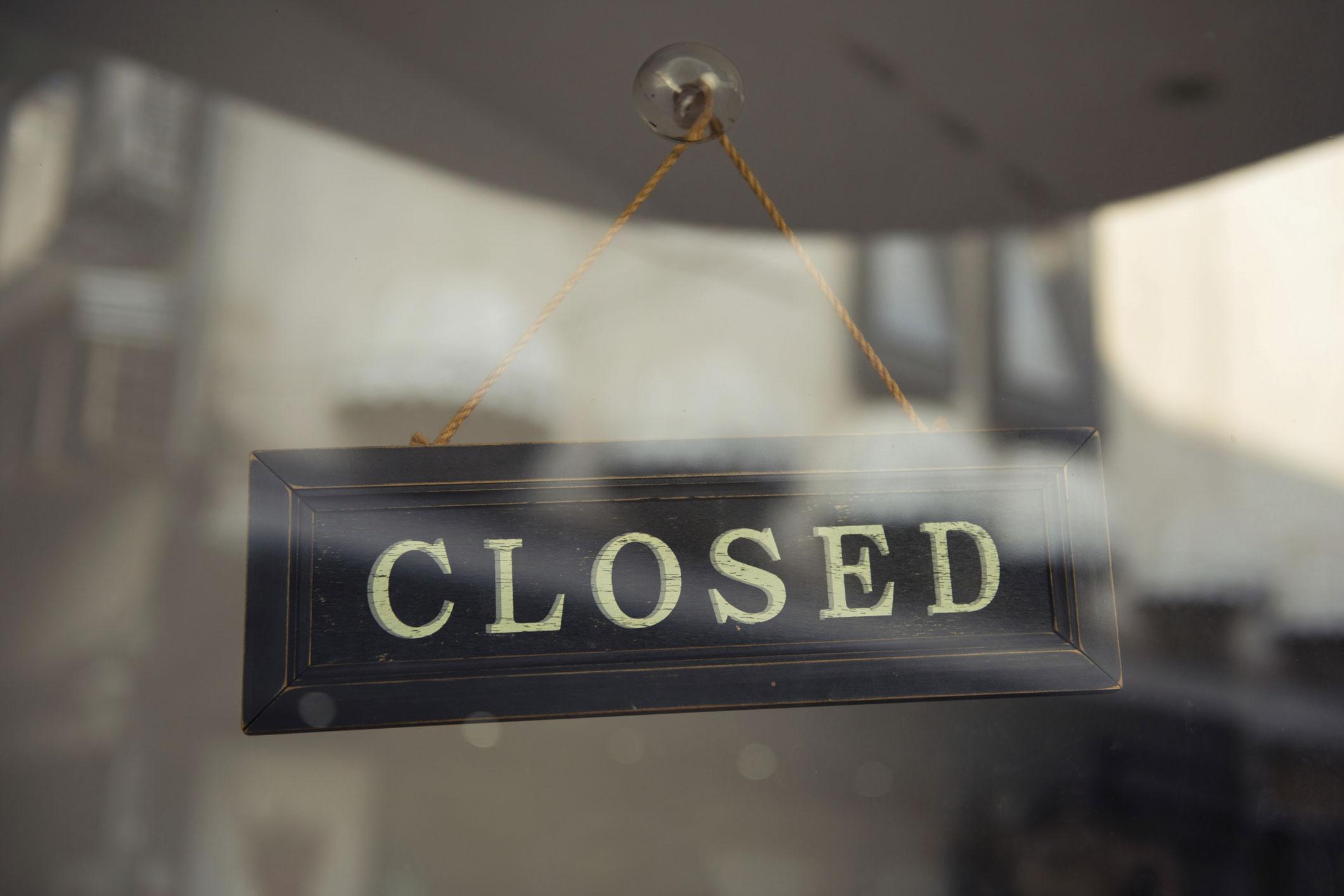Mount Kellett shuts India office