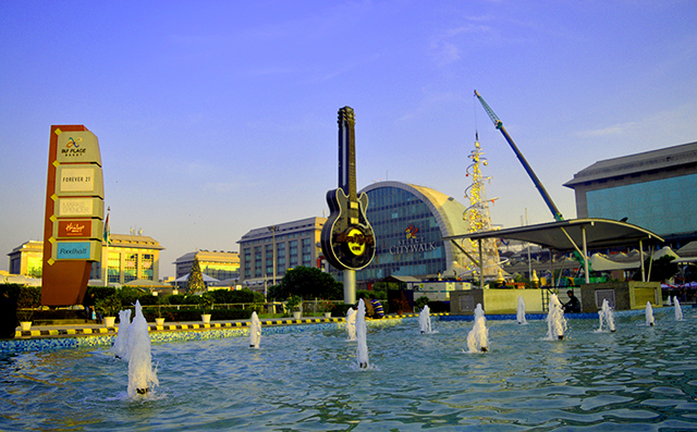 Abu Dhabi sovereign fund strikes platform deal to invest in Indian malls