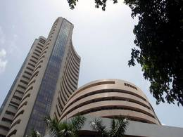 Sensex stages recovery but posts first weekly loss in over a month
