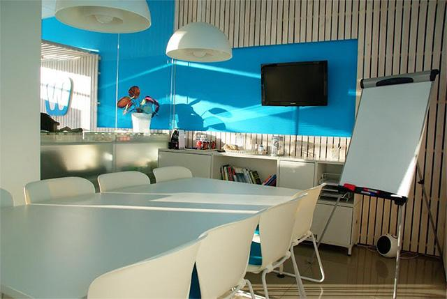 Co-working space The Hive, LetsVenture join forces to set up incubators