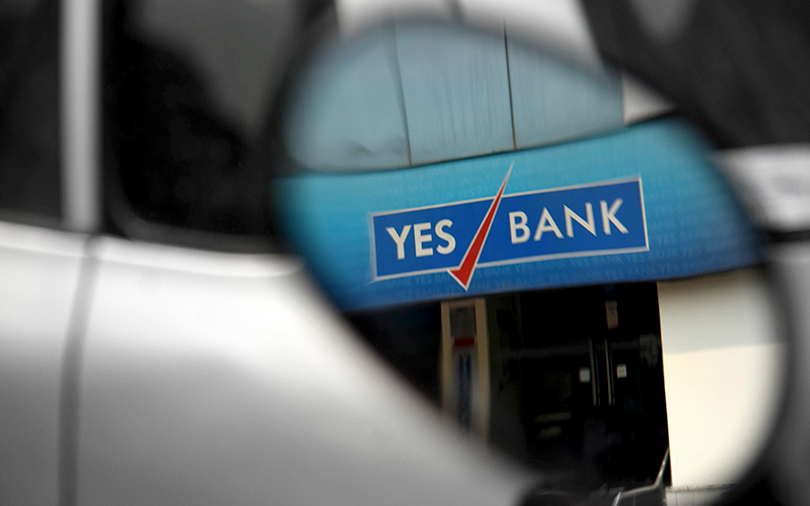 Yes Bank seeks to raise up to $750 mn via share sale
