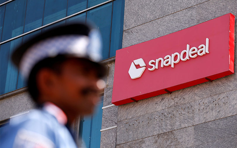 SoftBank-backed Snapdeal rejects Flipkart's $700-800 mn takeover offer: Reports
