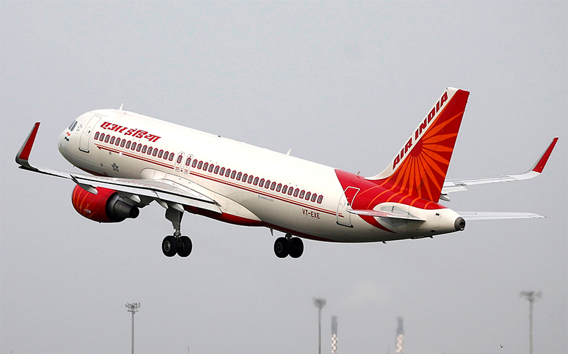 Tata, Singapore Airlines open to bidding for Air India: Vistara CEO