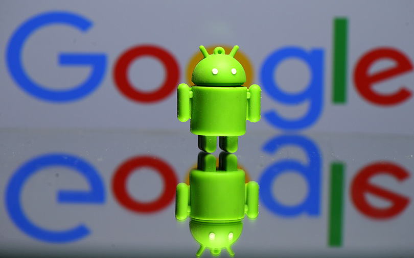 Google, Apple brace for showdown over augmented reality technology