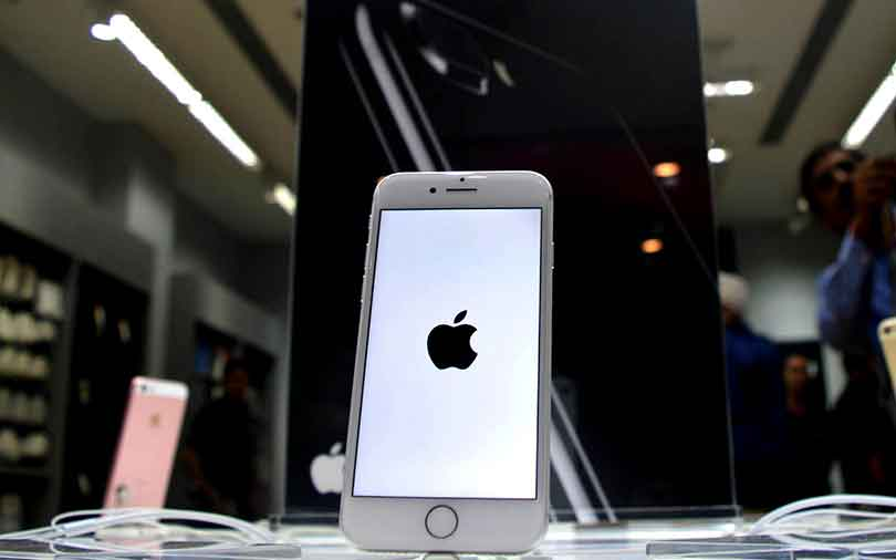 Apple, India govt spar over import tax on mobile parts