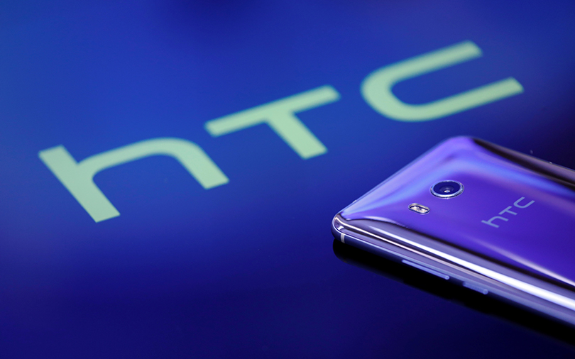 Google inks $1.1 bn deal to buy part of HTC's smartphone biz