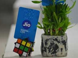 Reliance Jio to acquire RCom's telecom towers, wireless assets