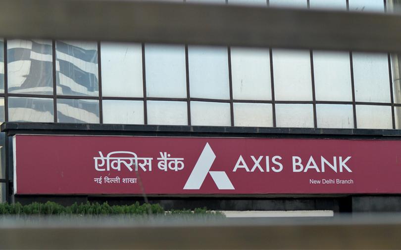SEBI orders Axis Bank to probe results leak on WhatsApp