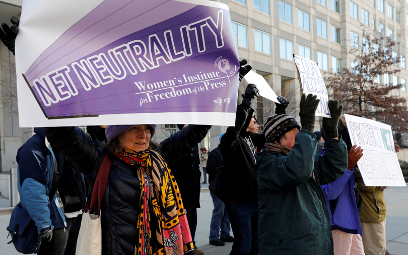 US regulators scrap net neutrality rules; tech firms prepare for legal battle