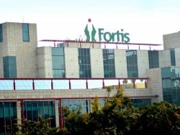 Fortis Healthcare gets surprise joint bid from Hero's Munjal, Dabur's Burman