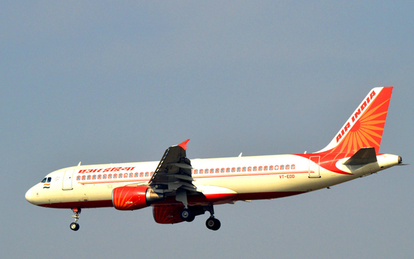 Jet, 2 foreign carriers to make joint bid for Air India; Mytrah Energy eyes funds