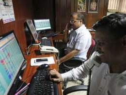 Macro concerns push Sensex lower for third straight session